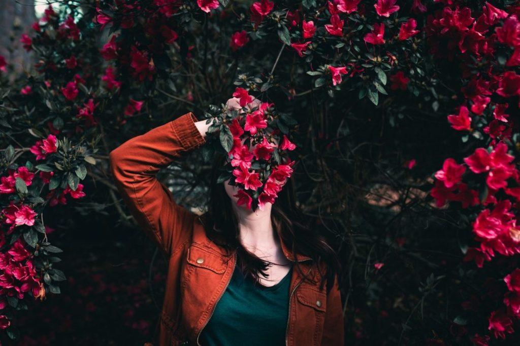Viele Frauen lassen sich beim Aufbau und Wachstum ihres Seelen-Business stark von ihrer Angst vor Sichtbarkeit blockieren. Hier erfährst Du mehr darüber >>>