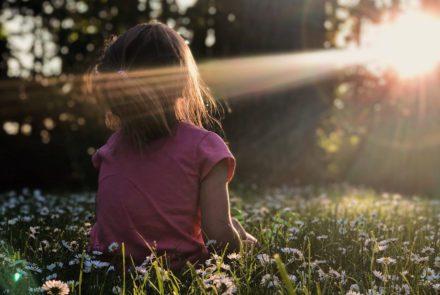 Die Aufarbeitung der Mutter Tochter Beziehung als Schlüssel zum Glück