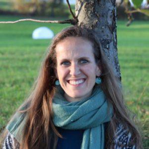 Hebamme Annina Diebold im Gespräch über die würdevolle, ermächtigte, natürliche Geburt